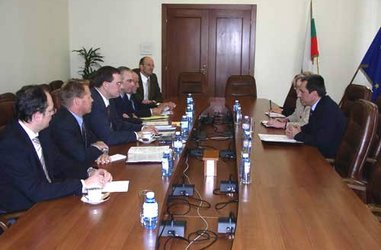 Minister of Finance Plamen Oresharski met with the management of the American Chamber of Commerce