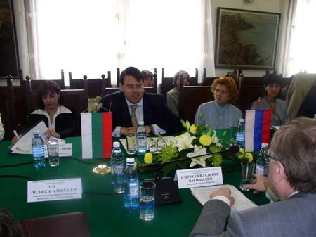 Зам.-Министър Ал Джебури Се Срещна Със Зам.-Министъра На Данъците И Налозите На Руската Федерация