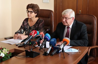 Press-conference of the Minister of Finance Kiril Ananiev and Deputy Minister of Finance Marinela Petrova